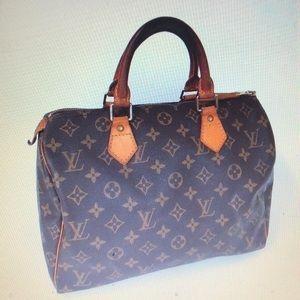 Vintage Louis Vuitton monogram speedy 30